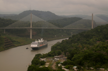 Cruise ship is going trough panama canal